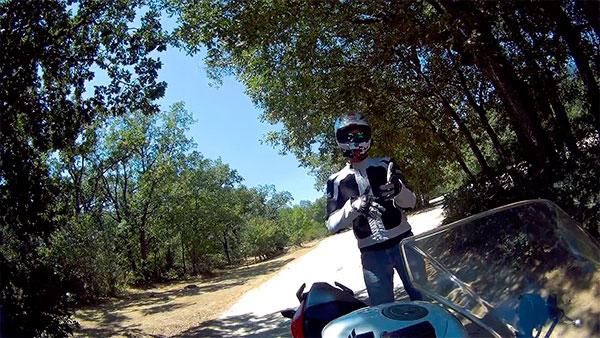 Majes analizando y probamndo una moto 125CC