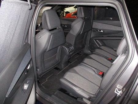 Peugeot 5008, espacio interior trasero.