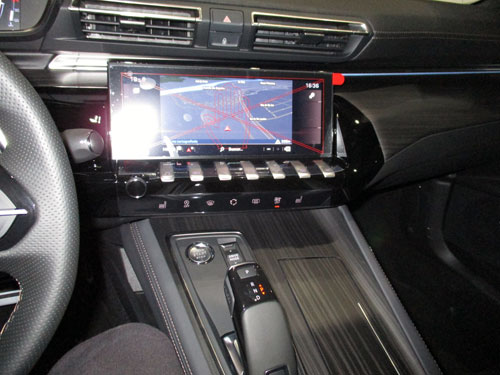 Panel de control de mandos del Peugeot 508