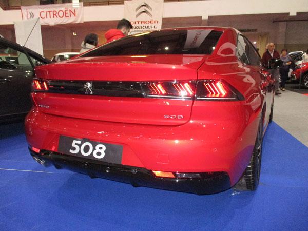 Nuevo 508 visto desde atrás