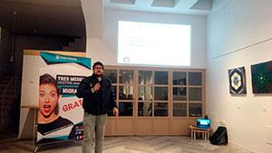 Sergio Castelo interviniendo en la 5ª Meetup WordPress Lugo