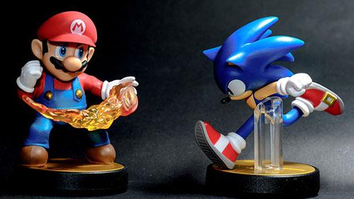 Mario vs Sonic.